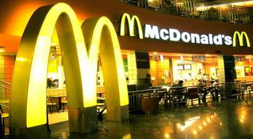 meat scandal: hong kong mcdonald's restaurants stop serving chicken nuggets